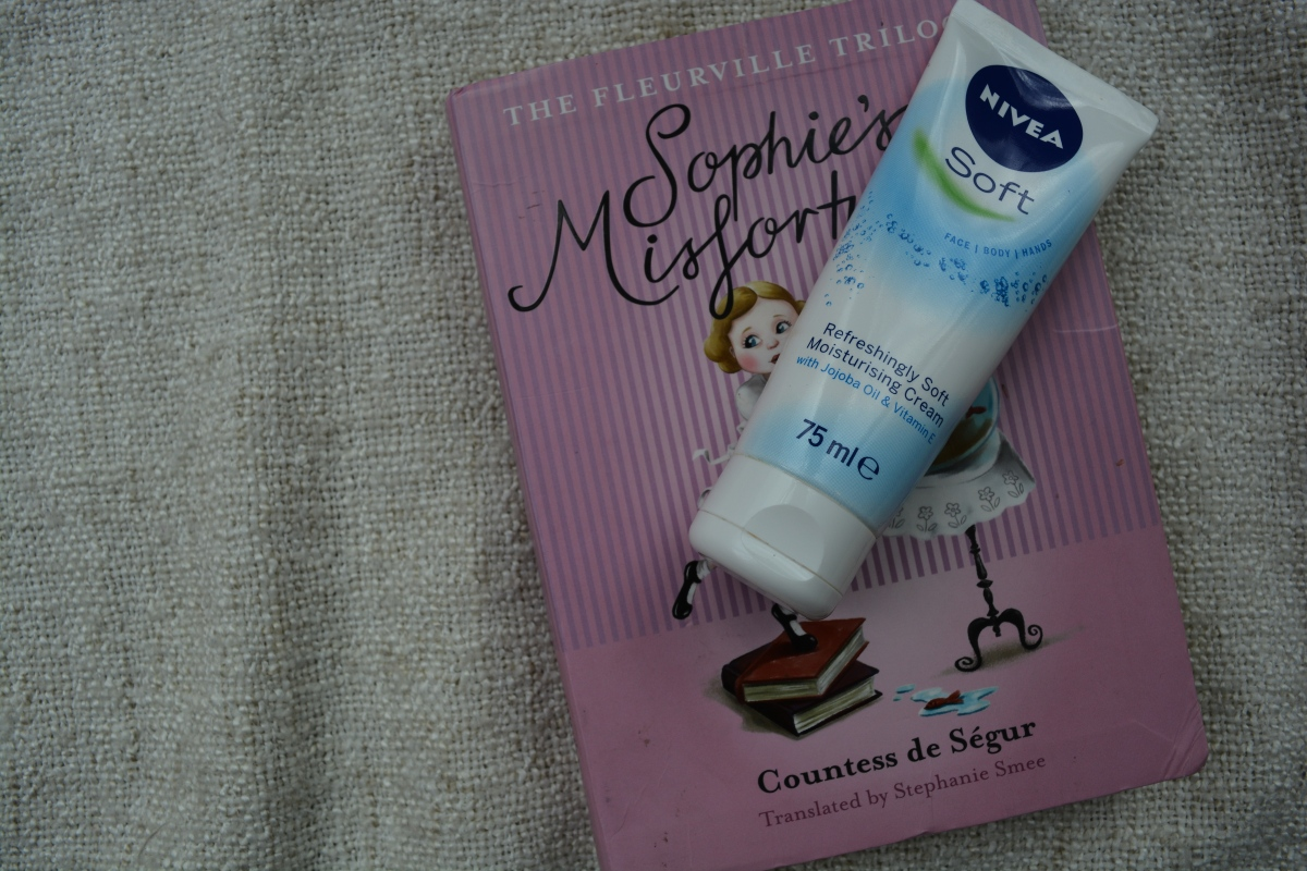 NIVEA Soft Refreshingly Soft Moisturising Cream